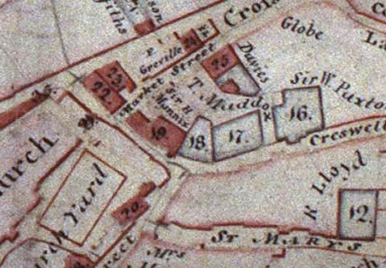 Extract from Couling Map of Tenby (1811) showing the homes of Mannix and Maddock, and the passage broken into by Mannix. Source; Tenby Museum and Art